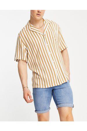 New Look Skinny denim shorts in light blue
