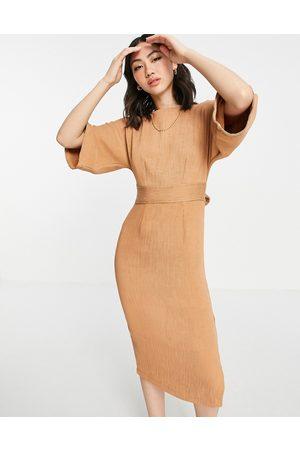 Closet Ribbed pencil midi dress in camel-Brown