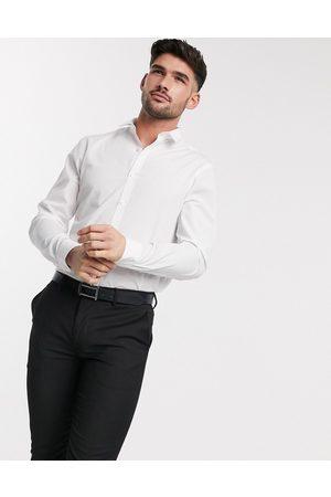 New Look Long sleeve poplin shirt in white