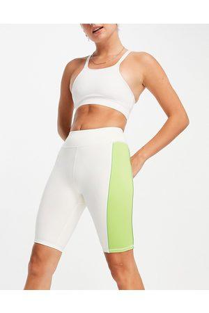 ASOS 4505 Side stripe legging short-White