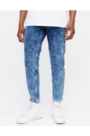 New Look Homem Tapered - Tapered jeans in acid wash blue