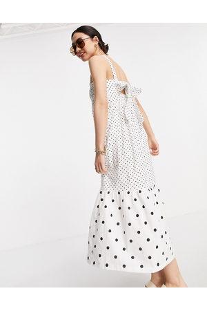 River Island Mulher Vestidos Midi - Mixed polka dot midi beach dress in white
