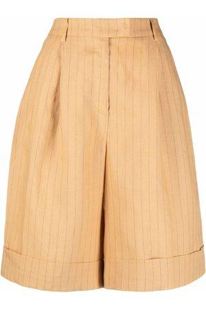 12 STOREEZ Striped high-waisted linen shorts