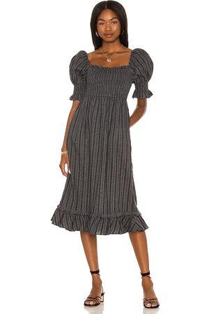 MAJORELLE Senhora Vestidos Midi - Margret Midi Dress in - Charcoal. Size L (also in XXS, XS, S, M, XL).