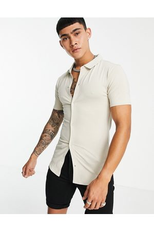 Soul Star Short sleeve muscle fit jersey shirt in stone-Neutral