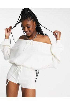 Signature 8 Off the shoulder knitted playsuit in cream-White