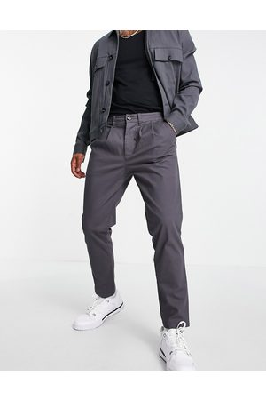 ASOS DESIGN Cigarette chinos with pleats in charcoal-Grey