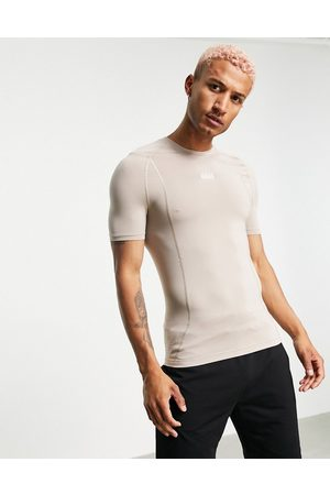 ASOS 4505 Muscle fit training t-shirt with seam detail-Neutral