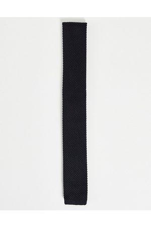 ASOS DESIGN Knitted tie in black