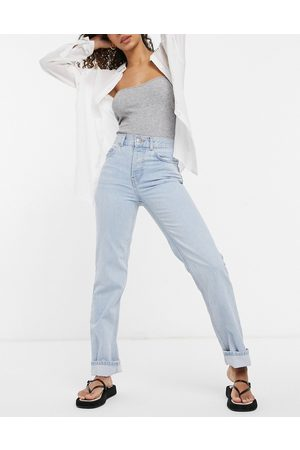 ASOS DESIGN Organic cotton blend mid rise '90s' straight leg jeans in bright wash-Blue