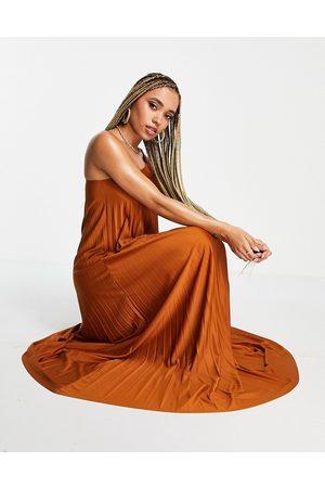 ASOS DESIGN One shoulder scrunch elastic pleated maxi dress in rust-Brown