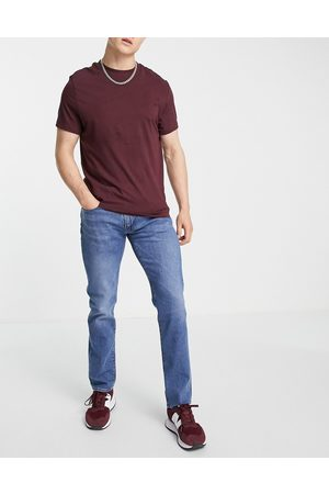 Levi's Levi's 511 slim fit jeans in mid wash blue