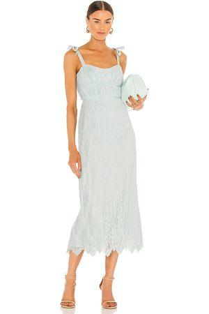 JONATHAN SIMKHAI Mulher Vestidos Midi - Bonnie Silk Lace Plisse Strapless Bustier Midi Dress in - Baby Blue. Size 0 (also in 4).