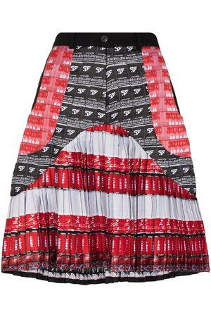 Mariah Esa Logo-print pleated skirt