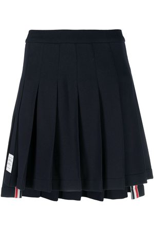 Thom Browne Logo patch pleated short skirt