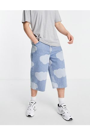 ASOS DESIGN Baggy oversized denim shorts in cloud print-Blue