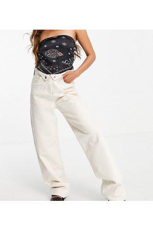 COLLUSION Senhora Boyfriend - X014 90s baggy dad jeans with folded waist detail in ecru-White