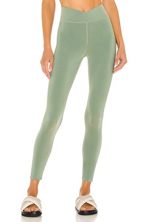 TWENTY MONTREAL Active Colorsphere 7/8 High Waist Cross Over Legging in - Mint. Size L (also in M, S, XS).