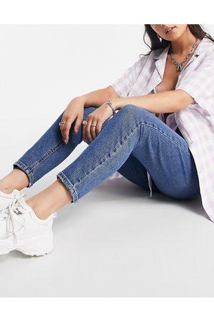 Noisy May Senhora Slim - Slim jeans in mid blue wash