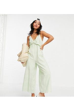 ASOS Senhora Macacões Curtos - ASOS DESIGN Petite v neck frill tie culotte jumpsuit in duck egg blue