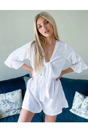 ASOS Senhora Macacões Curtos - Front knot frill sleeve playsuit in white