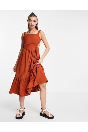 Fashion Union Backless midi smock dress with ruffle detail-Brown