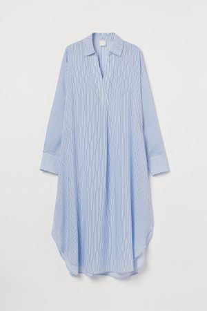 H&M Vestido camiseiro com lyocell