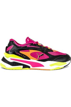 PUMA RS-Fast C Lights in - Fuchsia. Size 10 (also in 5.5, 6, 6.5, 7, 7.5, 8, 8.5, 9, 9.5).