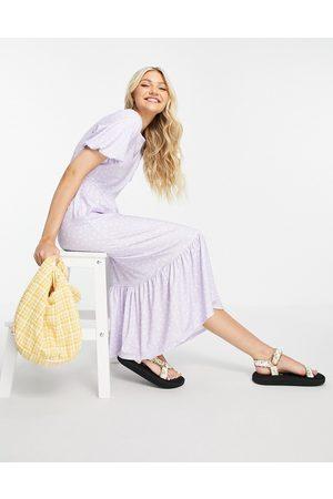 In The Style Senhora Vestidos Estampados - X Stacey Solomon ruffle hem midi dress in lilac floral print-Multi