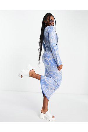 ASOS Senhora Vestidos Casual - Knitted midi dress in 70's style pattern in blue