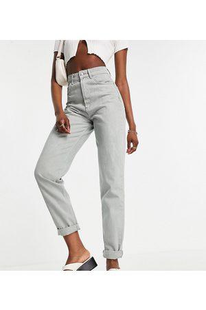 ASOS Tall Senhora Skinny - ASOS DESIGN Tall high rise 'slouchy' mom jeans in sage-Green