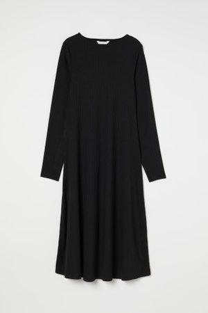 H&M Senhora Vestidos - MAMA Vestido canelado