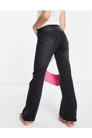 Urban Bliss Straight flare jean in black