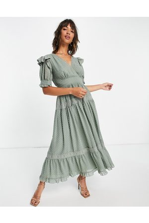 ASOS Senhora Vestidos de Festa - Wrap front lace insert dobby midi tea dress in sage green