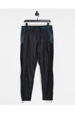 HUGO BOSS Homem Joggers - Athleisure Chibs trackpants-Black