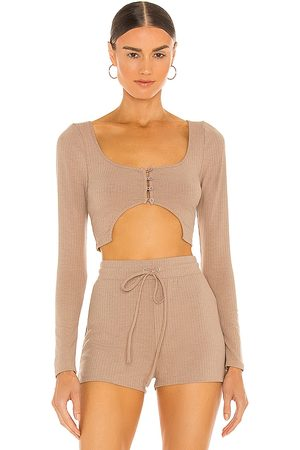h:ours Arcelia Cropped Top in - Tan. Size L (also in XXS, XS, S, M, XL).