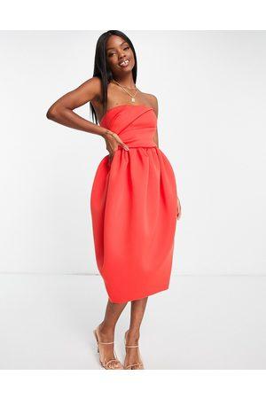 ASOS Senhora Vestidos Midi - Bandeau tuck top bubble skater skirt midi dress in red-Multi