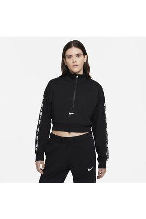 Nike Top curto de lã cardada Sportswear Essential para mulher