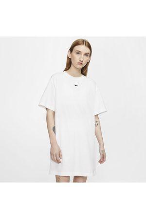Nike Senhora Saias & Vestidos - Vestido Sportswear Essential para mulher