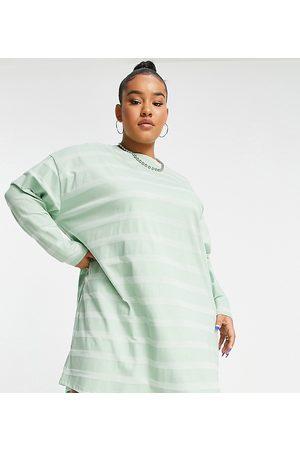 ASOS ASOS DESIGN Curve oversized long sleeve t-shirt dress in tonal sage stripe-Green