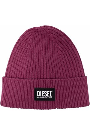 Diesel Chapéus - Logo-patch ribbed-knit beanie
