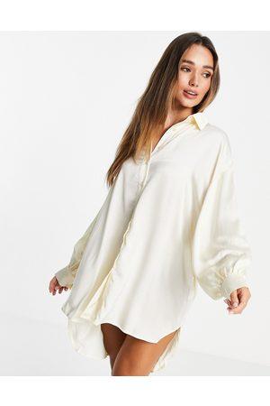 Glamorous Oversized satin shirt dress in cream satin-White