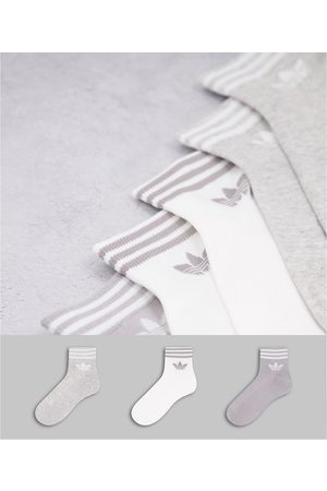 adidas Originals Adicolor Trefoil 3 pack ankle socks in grey