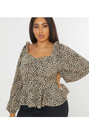 Missguided Ruched blouse in dalmatian print-White