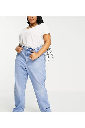 Levi's Plus 70's high straight leg jeans in blue wash