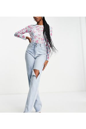 Missyempire Exclusive straight leg jean with rips in blue