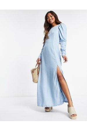 ASOS Senhora Vestidos Casual - Soft denim open back maxi dress in lightwash-Blue