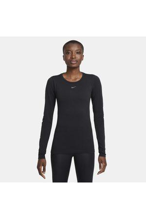 Nike Senhora Sweatshirts de Manga larga - Camisola de treino de manga comprida com corte estreito Dri-FIT ADV Aura para mulher