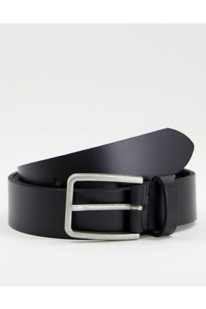 ASOS DESIGN Leather slim belt in black with square silver buckle