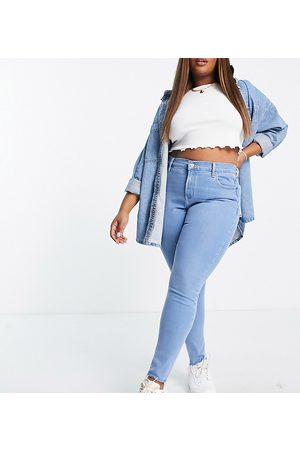 Levi's Plus 721 high rise skinny jeans in blue wash